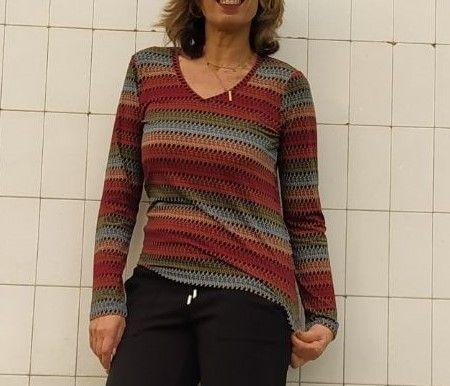 camiseta-mujer-surkana-arcoiris
