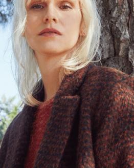 detalle abrigo mujer Paz Torras