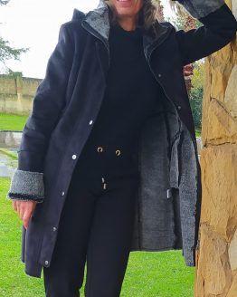 abrigo-negro-forrado
